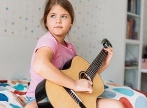 guitare fille
